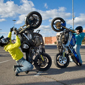 Shooting photo FREEGUN, Team CO2 Stunt moto Montpellier
